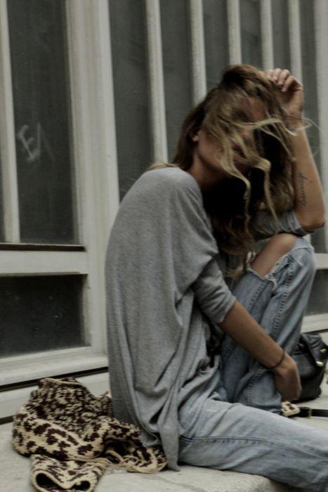 chaqueta-de-punto-de-leopardo-con-boyfriend-jeans