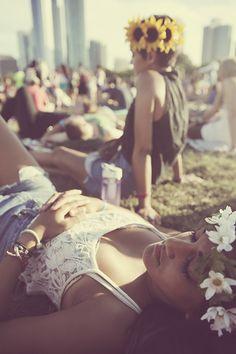 Las diademas de flores deberían no ser sólo una moda.